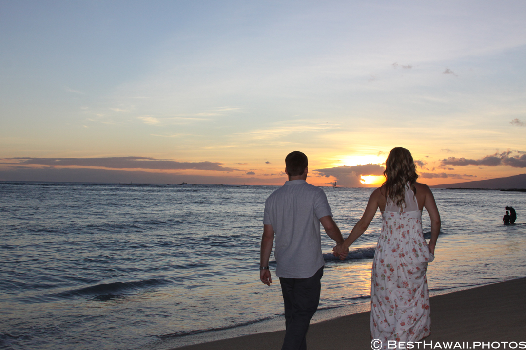 Hawaii Engagement photos by BestHawaii.photos Waikiki Honolulu 2015_08292015_6233