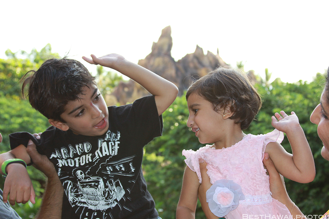 Aulani Disney Resort Hawaii beach Sunset Family by BestHawaii.photos 2015_09082015_6924