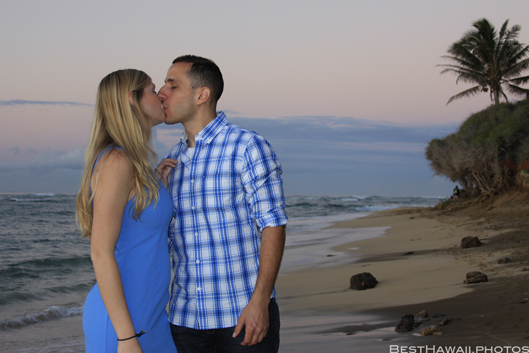 Diamond Head Beach Sunrise Engagement by Pasha www.BestHawaii.photos 011020168324