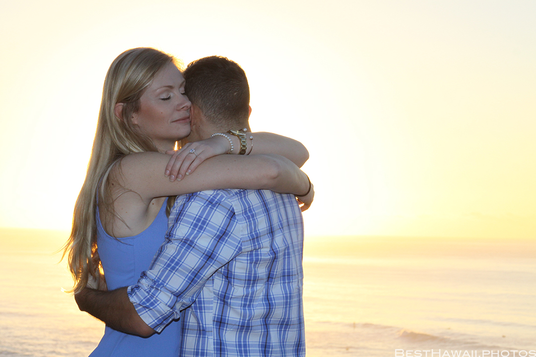 Diamond Head Beach Sunrise Engagement by Pasha www.BestHawaii.photos 011020168432