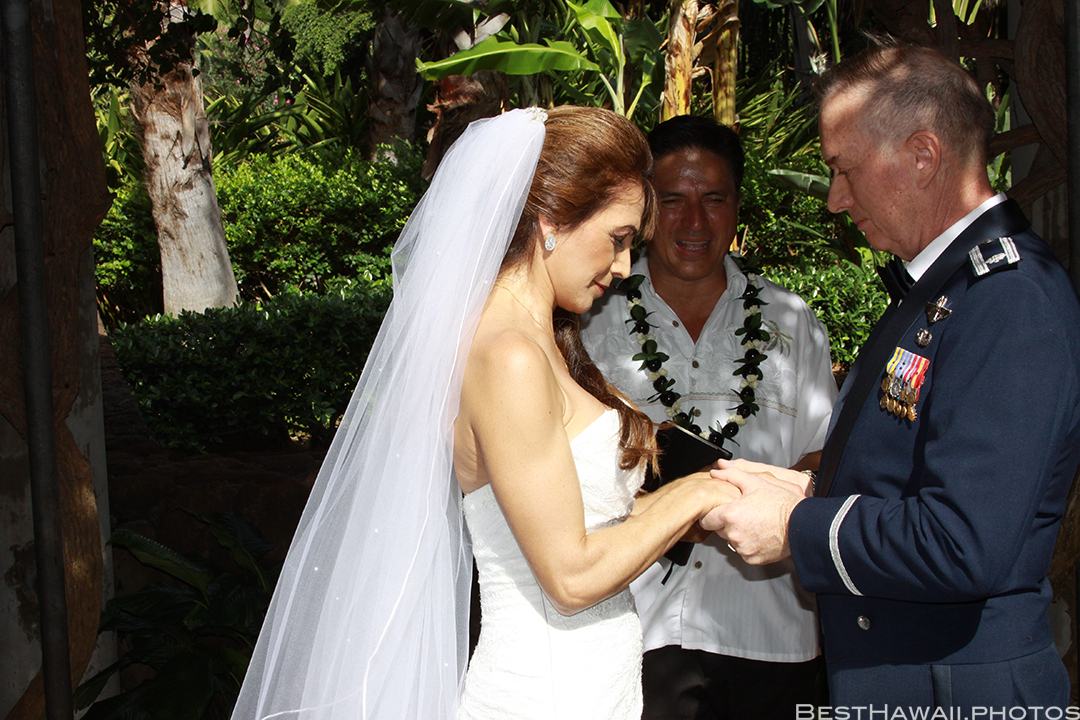 Wedding at Hale Koa Hotel by Pasha www.BestHawaii.photos 121820158489