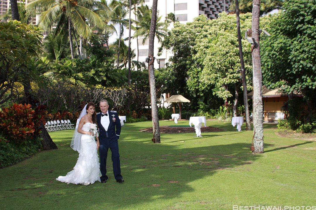 Wedding at Hale Koa Hotel by Pasha www.BestHawaii.photos 121820158509