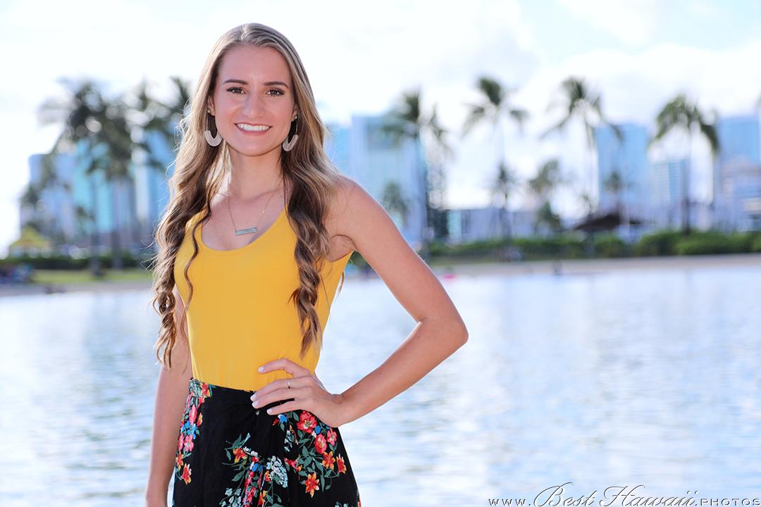Graduation Photography at Hilton Hawaiian Village Lagoon in Honolulu, Hawaii
