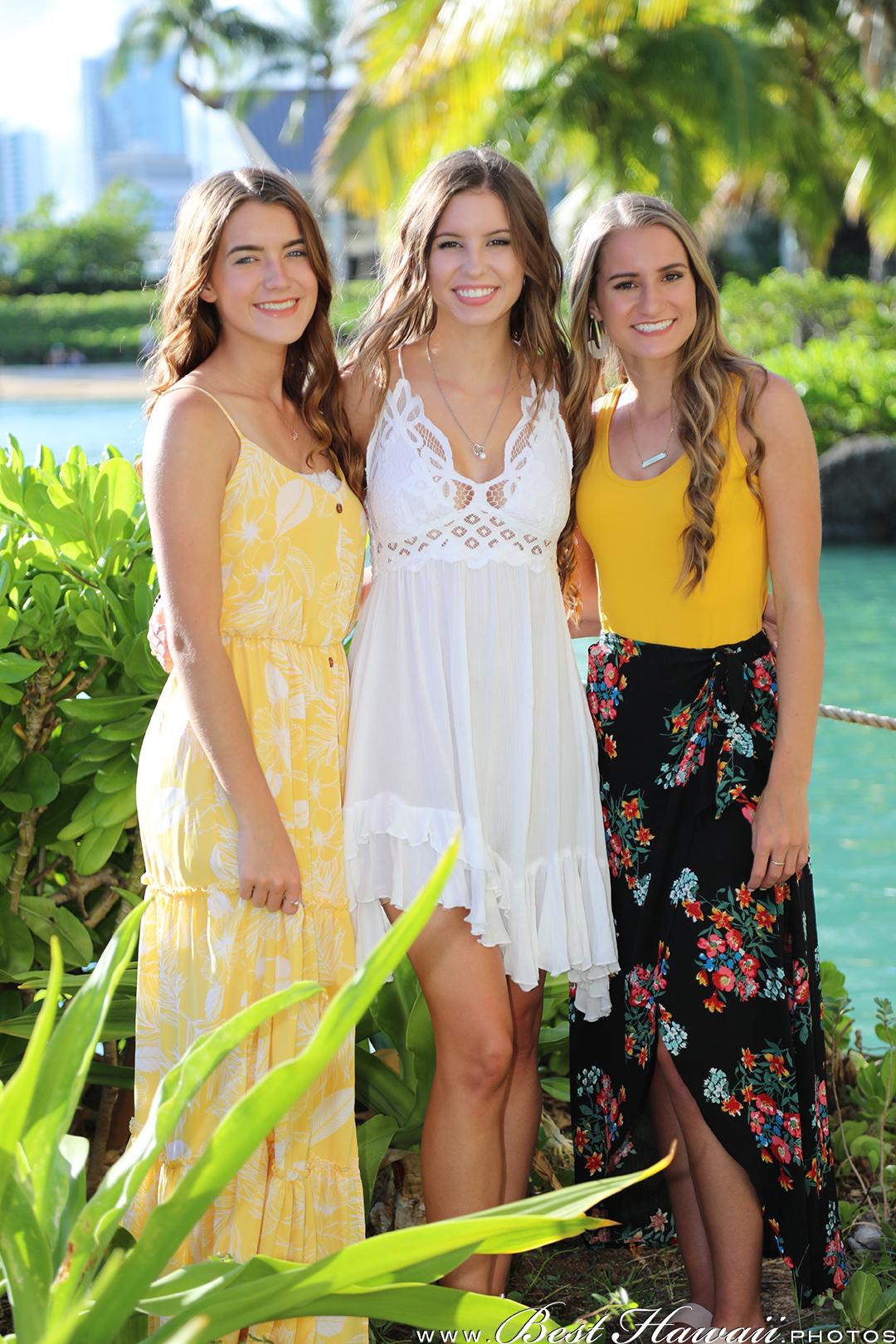 Family Photography at Hilton Hawaiian Village Lagoon in Honolulu, Hawaii