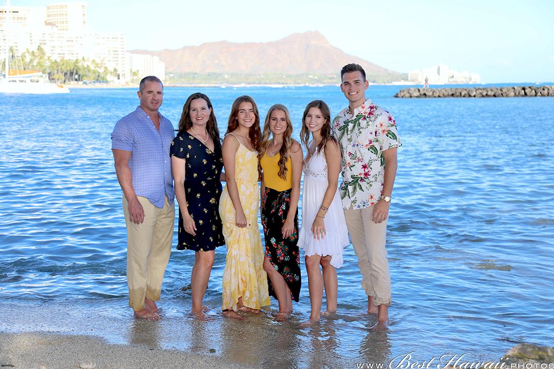 Family Photography near Hilton Hawaiian Village in Honolulu, Hawaii