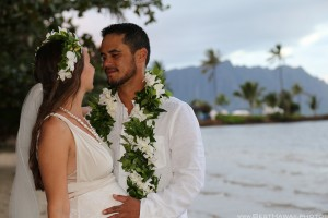 Kaneohe Beach Wedding Oahu Hawaii photos by Pasha www.BestHawaii.photos 123120160017
