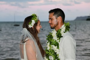 Kaneohe Beach Wedding Oahu Hawaii photos by Pasha www.BestHawaii.photos 123120160034