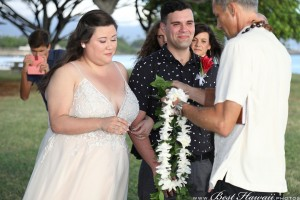 Sunset Wedding Foster's Point Hickam photos by Pasha www.BestHawaii.photos 20181229022