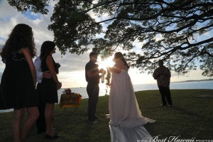 Sunset Wedding Foster's Point Hickam photos by Pasha www.BestHawaii.photos 20181229025