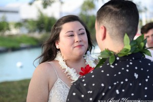 Sunset Wedding Foster's Point Hickam photos by Pasha www.BestHawaii.photos 20181229038