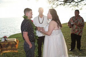 Sunset Wedding Foster's Point Hickam photos by Pasha www.BestHawaii.photos 20181229050